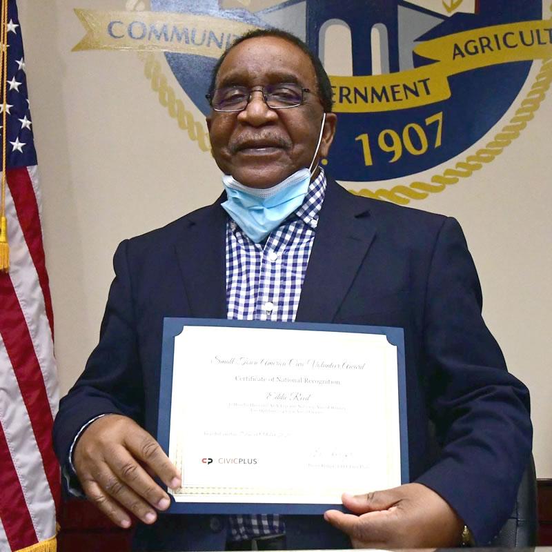 Mayor Eddie Reed receives National Honor