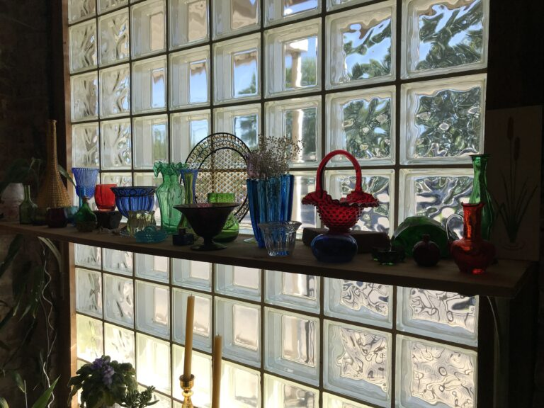 Jemison, Alabama Library - Glass Collections